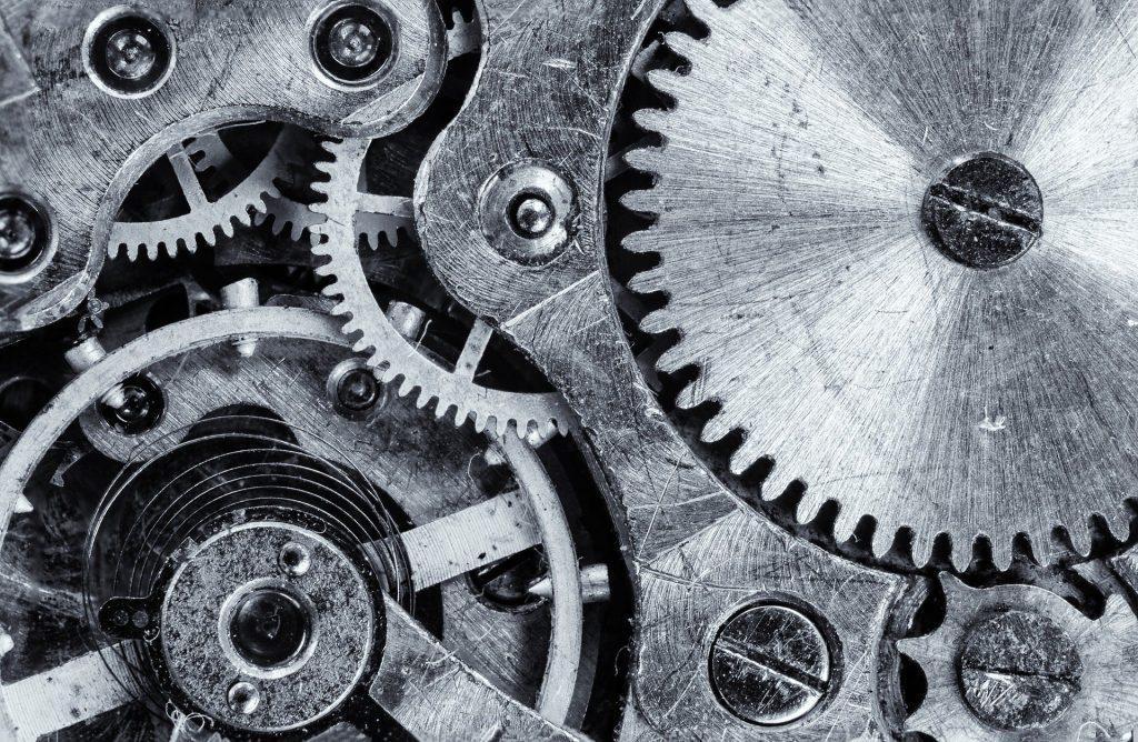Metal Organizes image by Pavlofox - https://pixabay.com/photos/macro-cogwheel-gear-engine-vintage-1452